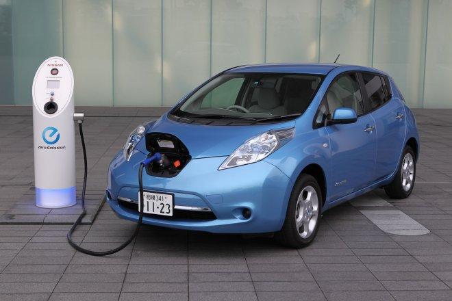 Nissan_Leaf_interauto